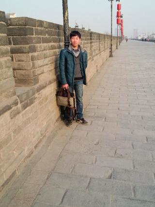 刘刚资料照片_新疆乌鲁木齐征婚交友