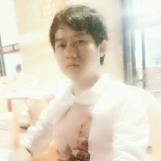 很拽的韩国大叔照片