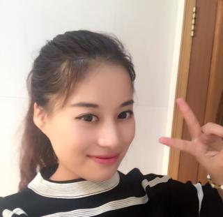 周周资料照片_上海征婚交友_珍爱网