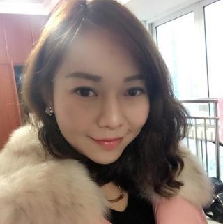 香港模特龙玥心